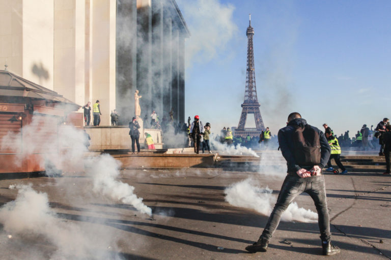 Manifestation des gilets jaunes A Paris, acte 15. le parcours va de l-arc de triomphe jusqu-au trocadero. Paris, le 23 fEvrier 2019.
