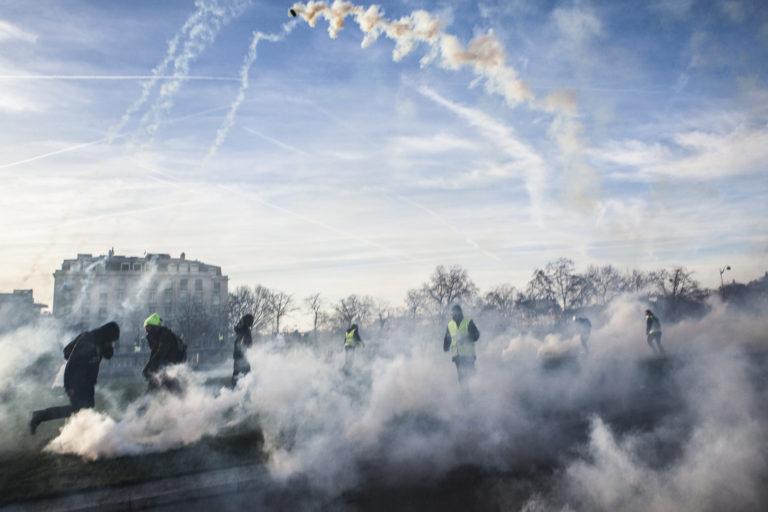 Manifestation des gilets jaunes A Paris, acte 14.Le parcours va de l'arc de Triomphe jusqu-aux Invalides.Pendant la manifestation le philosophe Alain Finkielkraut a EtE agressE verbalement.Paris, le 16 fEvrier 2019.